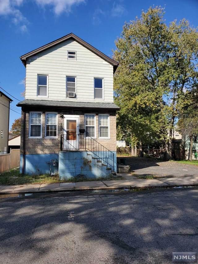 27 Garden Street, Little Ferry, NJ 07643 (MLS #20046075) :: The Dekanski Home Selling Team