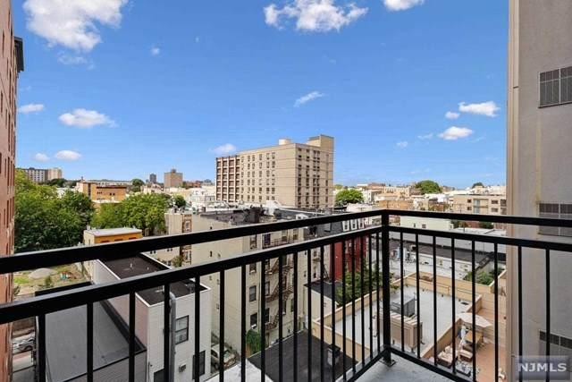 4315 Park Avenue - Photo 1