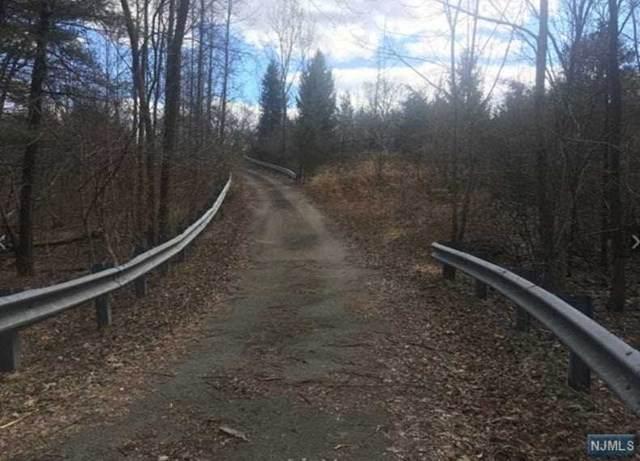 785b Phelps Road - Photo 1