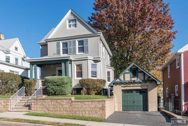 259 Franklin Avenue, Hasbrouck Heights, NJ 07604 (MLS #20047818) :: The Sikora Group