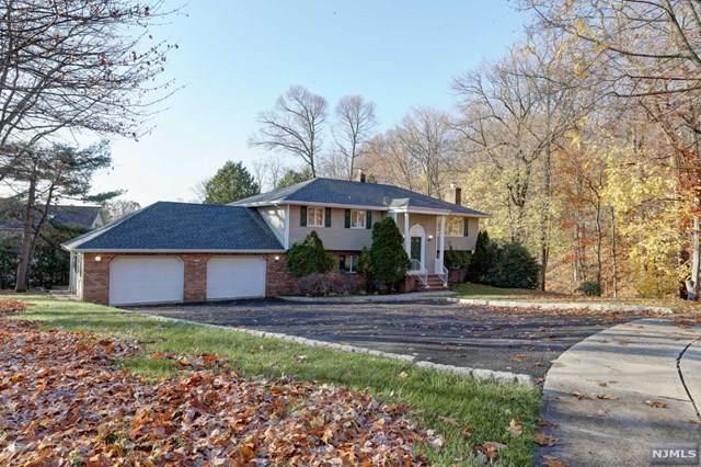 8 Glen Court, Hawthorne, NJ 07506 (MLS #20048277) :: Team Braconi | Christie's International Real Estate | Northern New Jersey