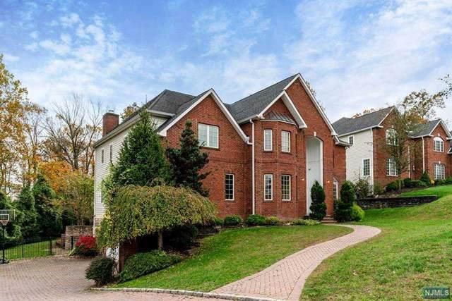 3 Beacon Hill Road, Florham Park Borough, NJ 07932 (MLS #20048985) :: The Sikora Group