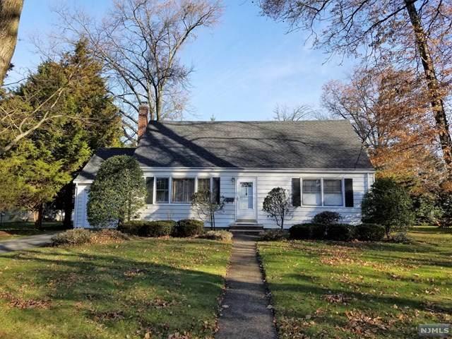 650 Taylor Avenue, Oradell, NJ 07649 (MLS #20049030) :: The Sikora Group