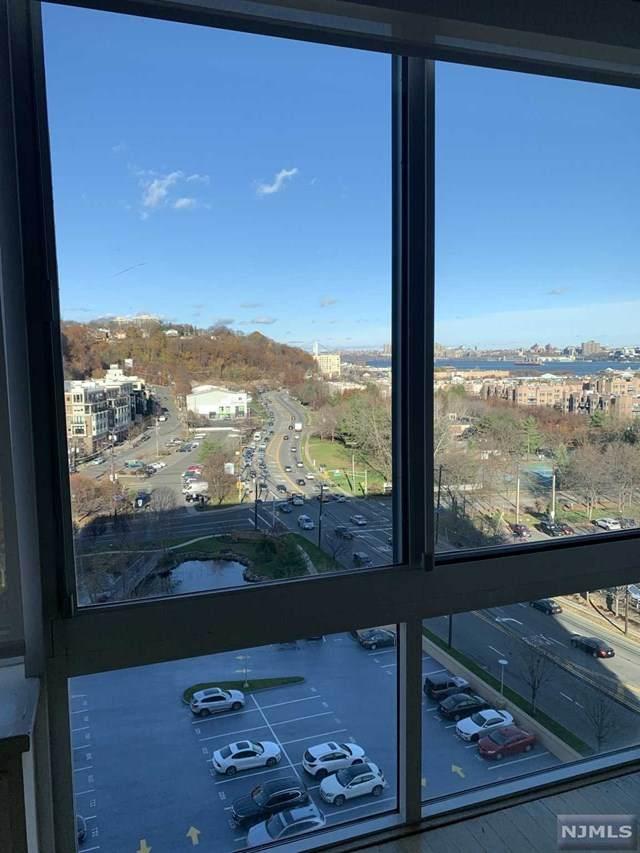 1110 Hudson Park - Photo 1