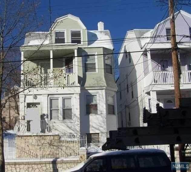 473 14th Street - Photo 1
