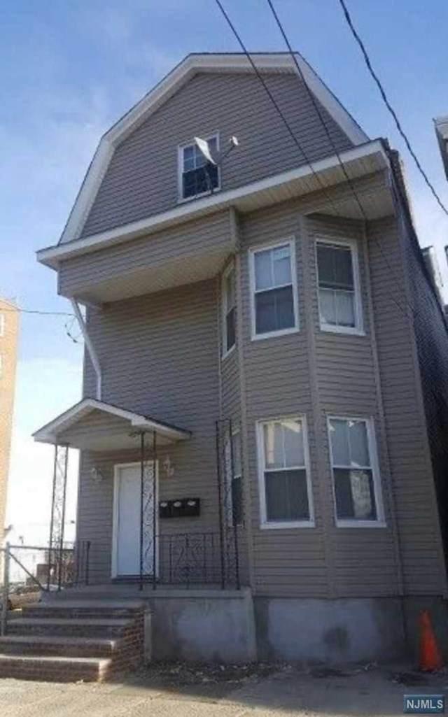 110 Chadwick Avenue, Newark, NJ 07108 (MLS #20049583) :: Kiliszek Real Estate Experts