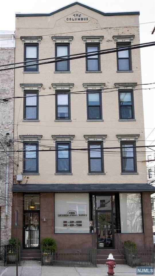 232 Madison Street - Photo 1