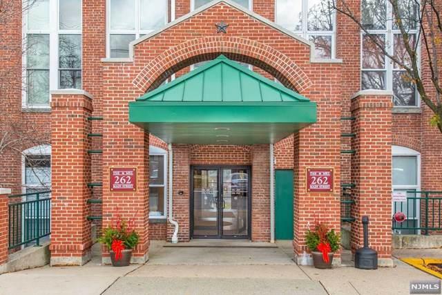 262 Main Street #203, Little Falls, NJ 07424 (MLS #20050275) :: William Raveis Baer & McIntosh