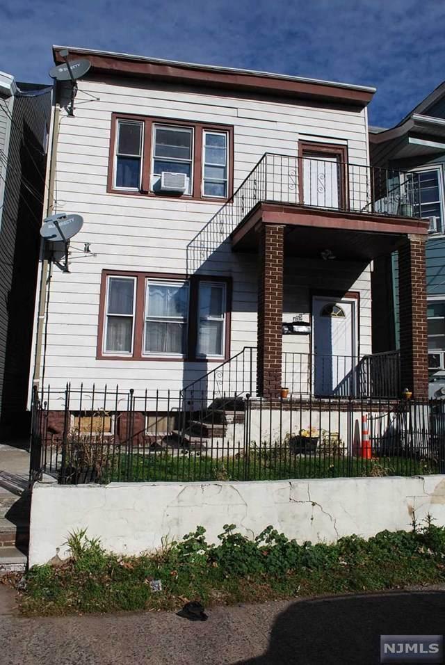 435 11th Avenue - Photo 1