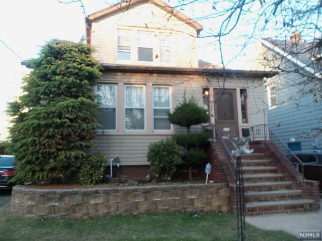 371 Nelson Avenue - Photo 1