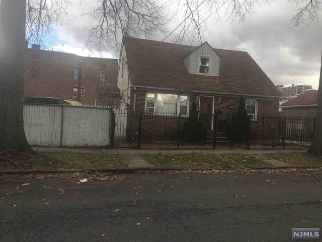 471-475 Delavan Avenue - Photo 1
