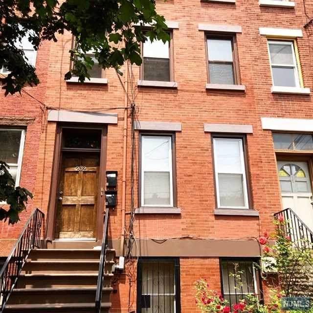 232 5th Street - Photo 1