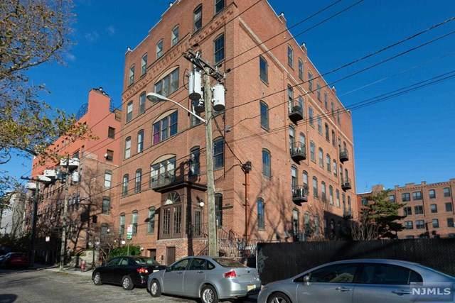 1015 Grand Street - Photo 1