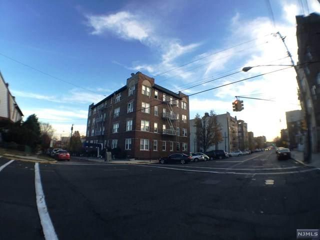 31 75th Street - Photo 1