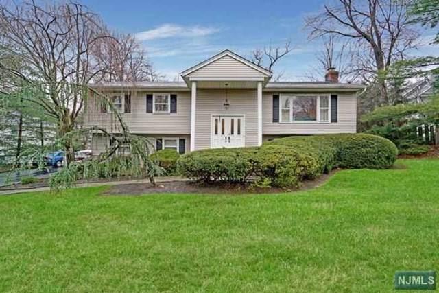 839 Carter Lane, Paramus, NJ 07652 (#21000837) :: NJJoe Group at Keller Williams Park Views Realty