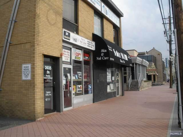 2035 Lemoine Avenue - Photo 1