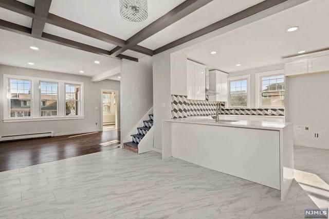 81 Grant Avenue, Totowa, NJ 07512 (MLS #21001863) :: William Raveis Baer & McIntosh