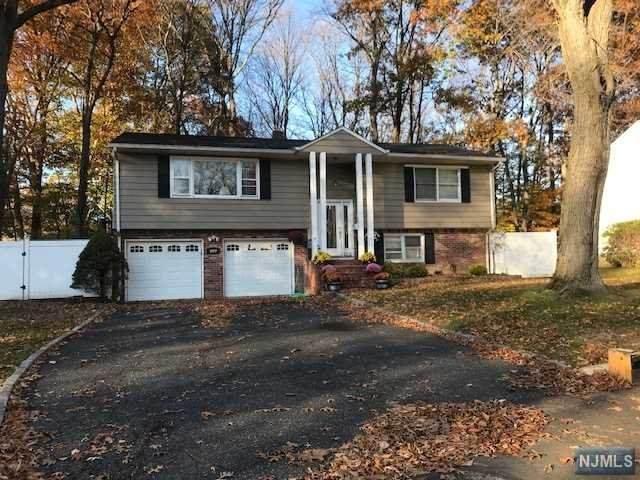 407 Almar Court, Northvale, NJ 07647 (MLS #21002369) :: Team Francesco/Christie's International Real Estate