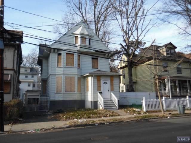 33 W End Avenue, Newark, NJ 07106 (MLS #21002623) :: The Dekanski Home Selling Team