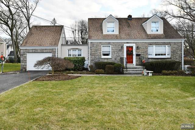 276 Franklin Avenue, Wyckoff, NJ 07481 (MLS #21002646) :: Kiliszek Real Estate Experts
