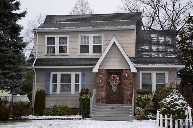 690 Center Avenue, River Edge, NJ 07661 (MLS #21003212) :: Howard Hanna Rand Realty