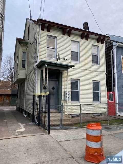 783 19th Street - Photo 1