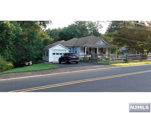 112 Meyersville Road, Chatham Township, NJ 07928 (MLS #21003877) :: The Sikora Group