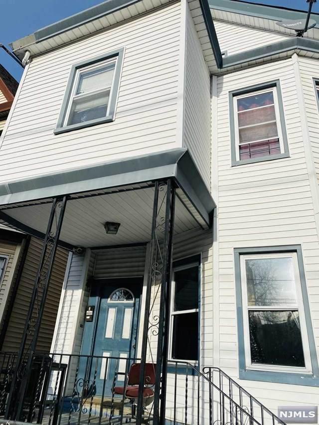 84 Paterson Avenue, Paterson, NJ 07522 (MLS #21003965) :: Team Braconi | Christie's International Real Estate | Northern New Jersey
