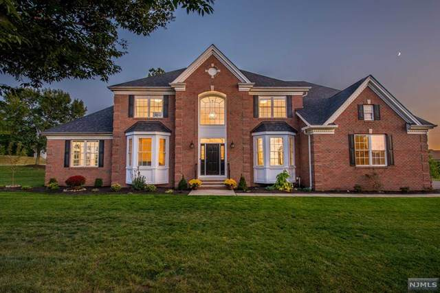 1 Cedar Court, North Haledon, NJ 07508 (MLS #21004365) :: Team Francesco/Christie's International Real Estate