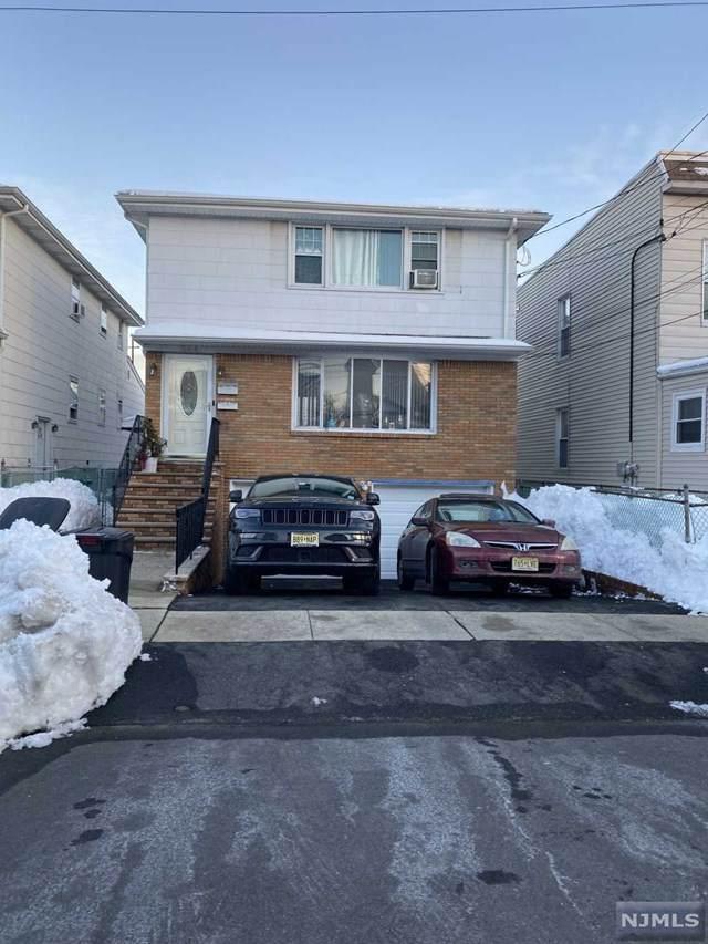 344 Hickory Street - Photo 1