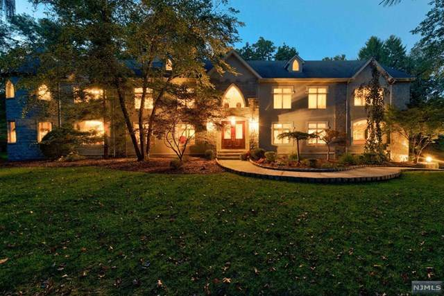 11 Pine Tree Drive, Saddle River, NJ 07458 (MLS #21004959) :: William Raveis Baer & McIntosh