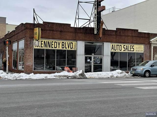 4114 Kennedy Boulevard - Photo 1
