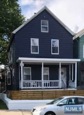 210 Burgess Place - Photo 1