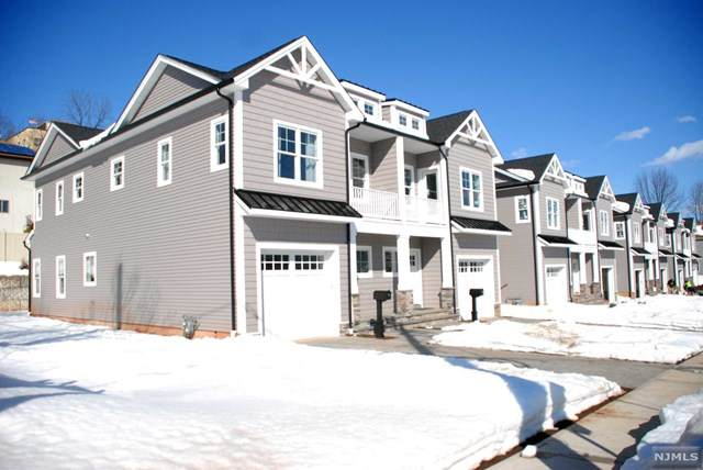 279 Oldfield Avenue #1, Hasbrouck Heights, NJ 07604 (MLS #21005546) :: William Raveis Baer & McIntosh