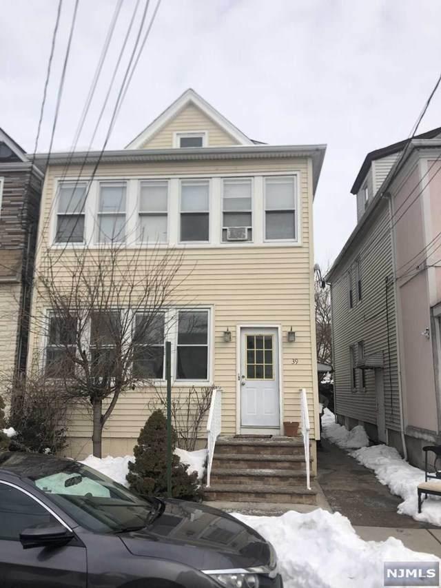 39 Tuttle Street, Wallington, NJ 07057 (MLS #21005552) :: William Raveis Baer & McIntosh