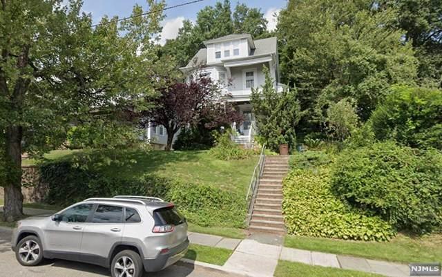 194-196 Van Houten Avenue, Passaic, NJ 07055 (MLS #21005904) :: William Raveis Baer & McIntosh