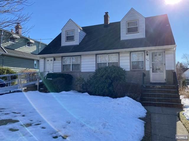 218 Longview Avenue, Hasbrouck Heights, NJ 07604 (MLS #21006542) :: William Raveis Baer & McIntosh
