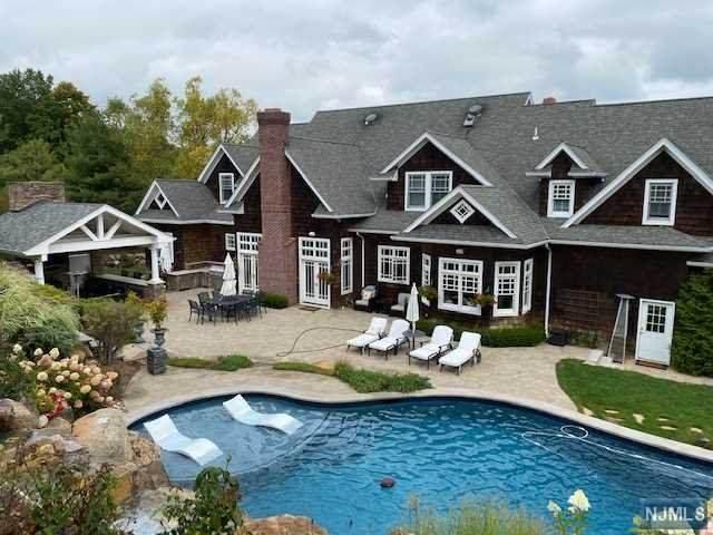 38 Crocker Mansion Drive, Mahwah, NJ 07430 (MLS #21006599) :: William Raveis Baer & McIntosh