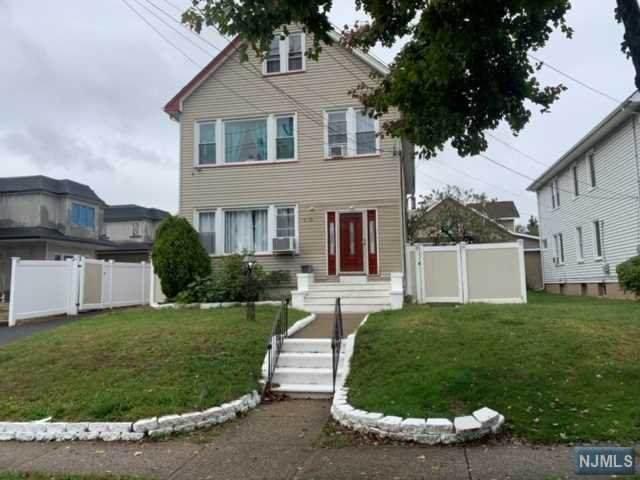3-09 Morlot Avenue, Fair Lawn, NJ 07410 (MLS #21006963) :: William Raveis Baer & McIntosh
