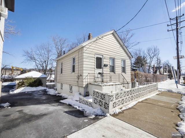 598 Hudson Street, Hackensack, NJ 07601 (MLS #21007013) :: The Sikora Group