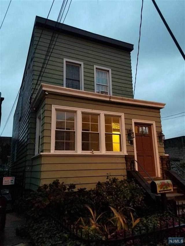 163 Glenwood Avenue - Photo 1