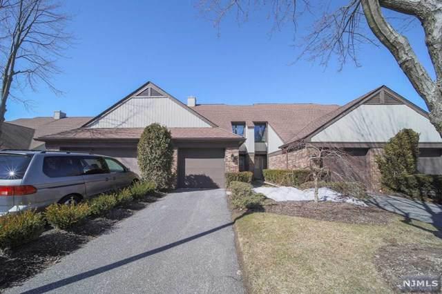30 Meadowview Court, Leonia, NJ 07605 (MLS #21007227) :: The Sikora Group