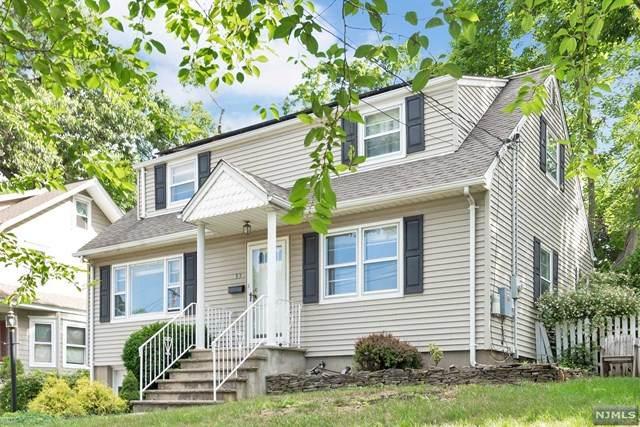 33 Ravine Avenue, Caldwell, NJ 07006 (MLS #21007316) :: The Sikora Group