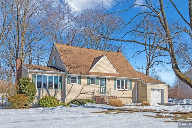 40 Payson Road, Pequannock Township, NJ 07440 (MLS #21007524) :: William Raveis Baer & McIntosh