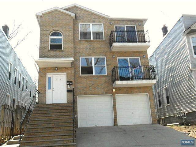 43-45 Schuyler Terrace - Photo 1