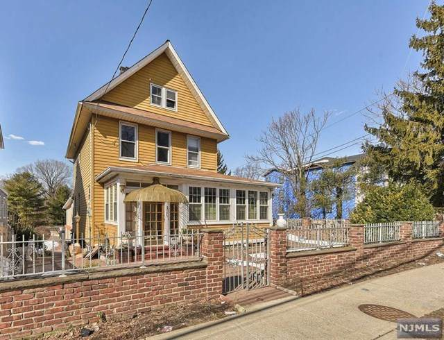 430 Grand Avenue, Leonia, NJ 07605 (MLS #21007619) :: Corcoran Baer & McIntosh