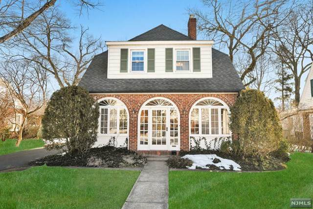 217 Steilen Avenue, Ridgewood, NJ 07450 (MLS #21007801) :: The Sikora Group