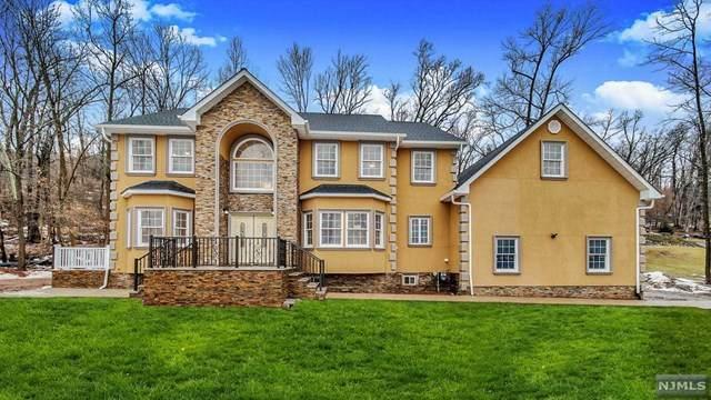 1121 Washington Avenue, Green Brook, NJ 08812 (MLS #21007907) :: Provident Legacy Real Estate Services, LLC