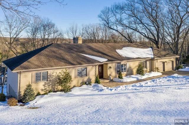 56 Hillcrest Drive, Upper Saddle River, NJ 07458 (MLS #21007927) :: Team Francesco/Christie's International Real Estate