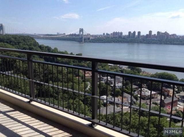 4 Horizon Road #1004, Fort Lee, NJ 07024 (MLS #21007995) :: The Sikora Group